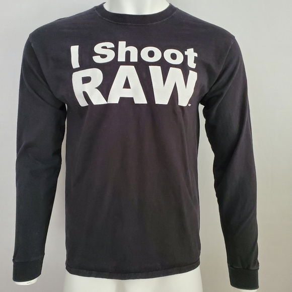 Hanes Other - I Shoot Raw Photography Tee Long Sleeve Size L 🔥